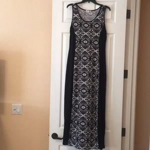 Aztec Black & White print maxi dress szXL